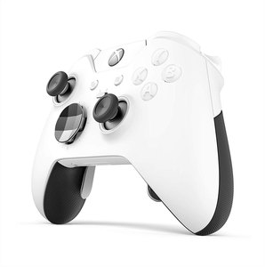 Xbox Elite Wireless Controller + FIFA 16